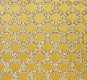 Infanta garland gold