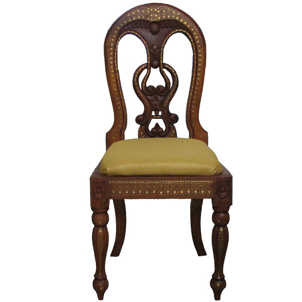 Деревянные стулья со спинкой